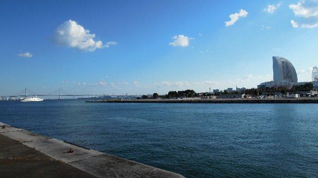 横浜のみなとみらい橋