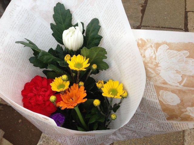 お墓参りに仏花